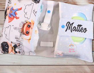 Portapannolini con portasalviette a tema supereroi personalizzato con nome Matteo