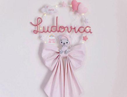 Fiocco nascita tricotin orsetta personalizzato con nome Ludovica